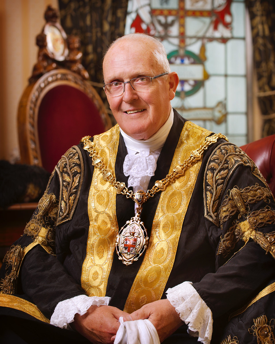 Lord Mayor Ross Irving